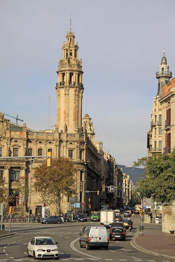 Центральное здание почтового отделения в Барселоне, Каталонии, Испании стоковое фото
