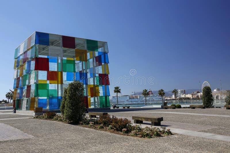 Центризуйте Pompidou Малагу в ветви Испании центра Pompidou галереи мира известного расположенного в Париже стоковое фото