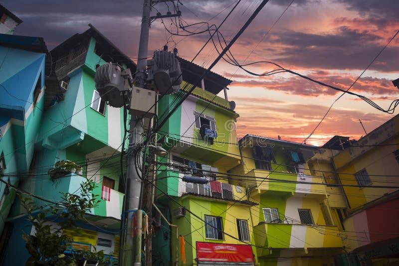 Центр города и favela Рио-де-Жанейро стоковое фото rf