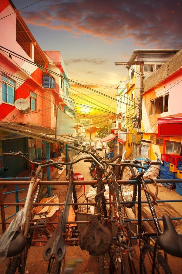 Центр города и favela Рио-де-Жанейро стоковое фото