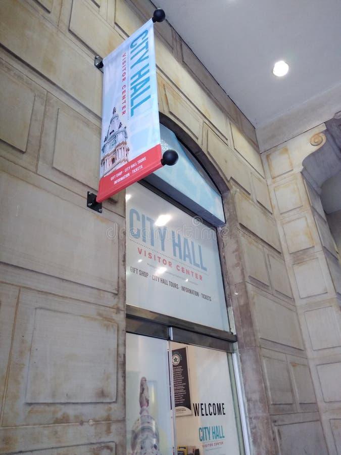 Центр для посетителей, городская ратуша, Филадельфия, PA, США стоковые фотографии rf