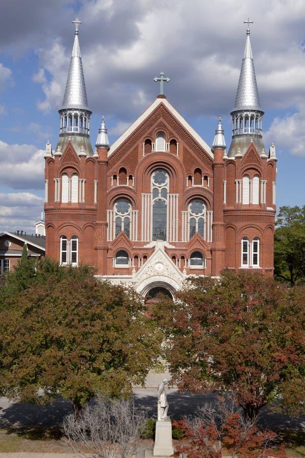 Центр и церковь священного сердца культурный в Augusta Georgia стоковая фотография rf