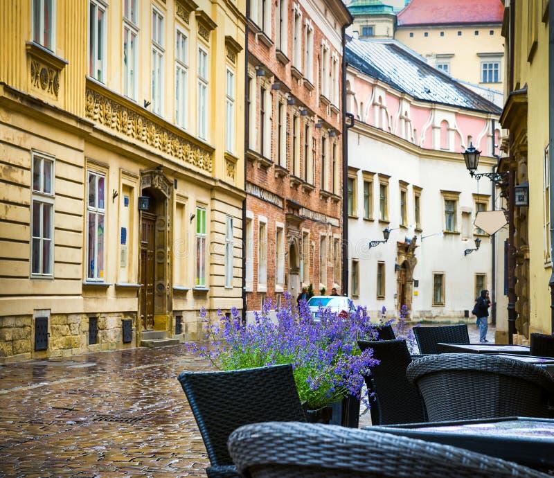 Download Центр Кракова - Польши исторический Редакционное Стоковое Изображение - изображение насчитывающей польша, королевско: 41661239