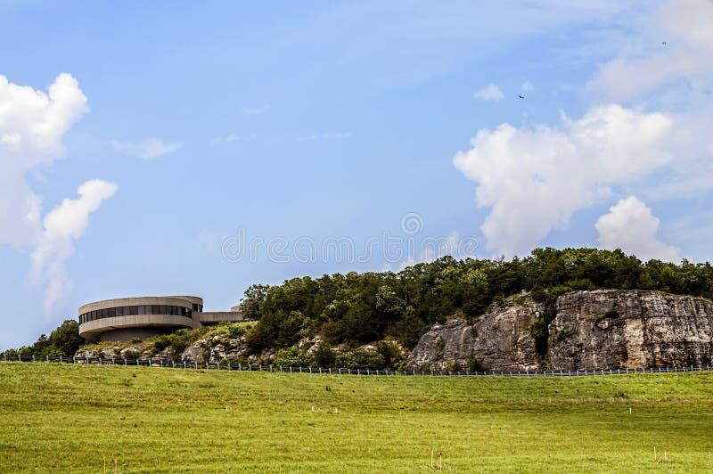 Центр для посетителей Warasaw Миссури США запруды Truman стоковое фото