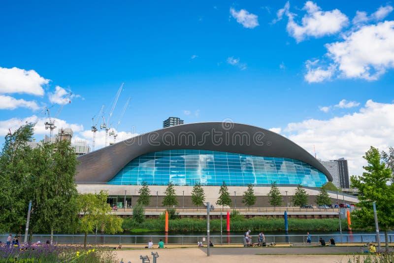 Центр Aquatics Лондона в парке ферзя Элизабета олимпийском, Лондоне, Великобритании стоковое изображение rf