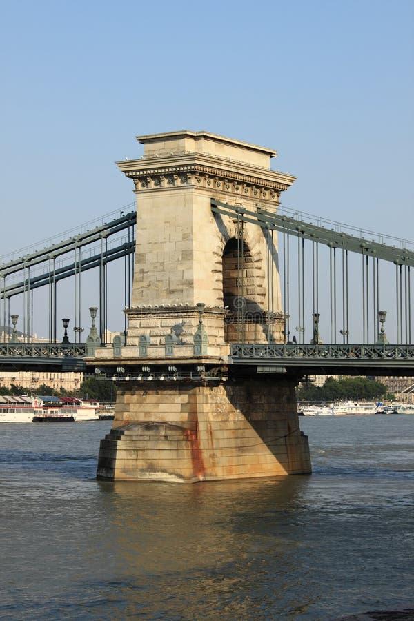 цепь budapest моста стоковая фотография rf