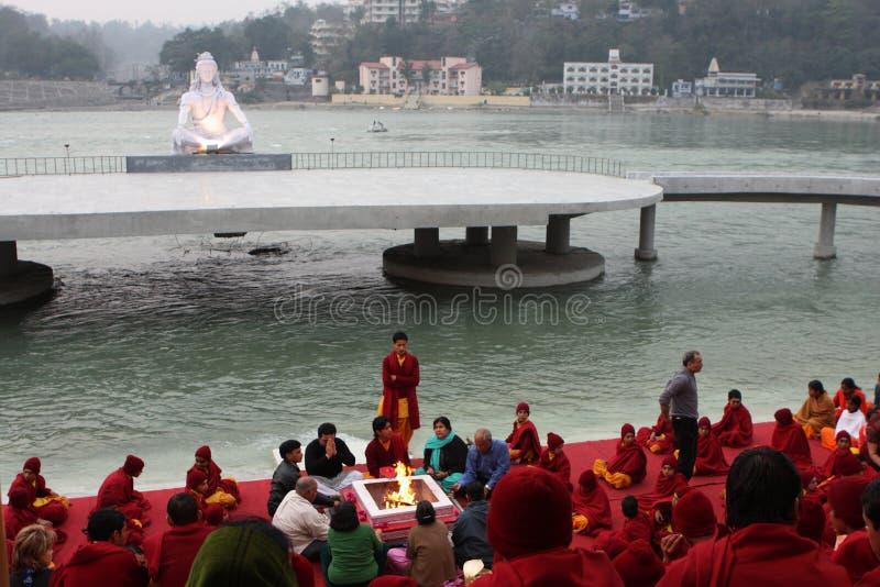 церемониальное rishikesh стоковая фотография rf