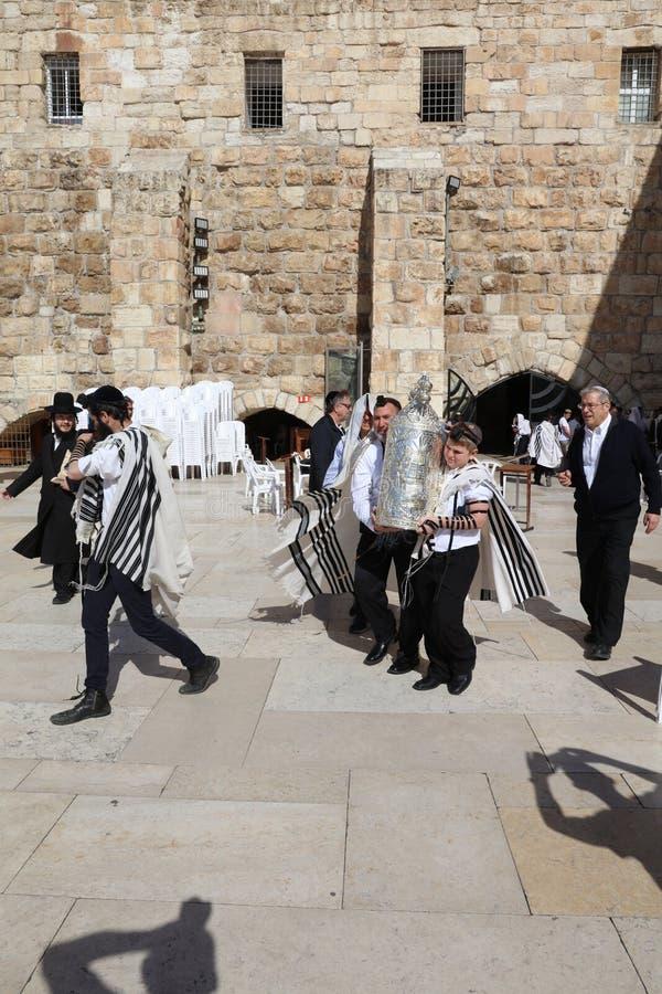 Церемония бар-мицва на западной стене в Иерусалиме стоковое изображение rf