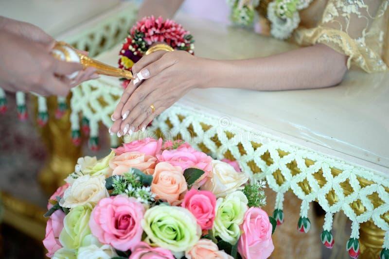 Церемония захвата свадьбы Таиланда стоковые изображения rf