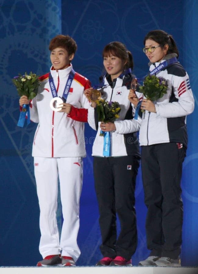Церемония медали 1000m коротких дам следа стоковая фотография