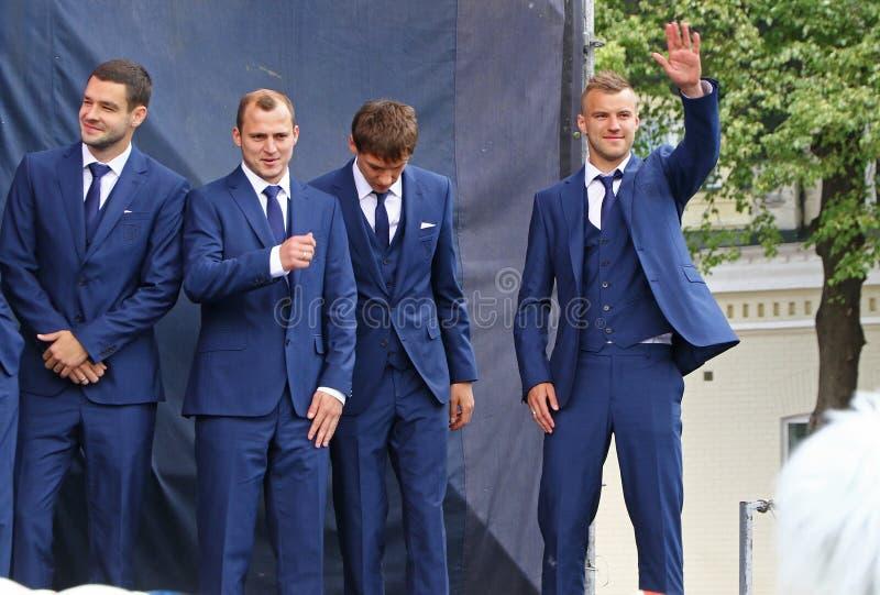 Церемония отклонения национальной футбольной команды Ukrai стоковая фотография