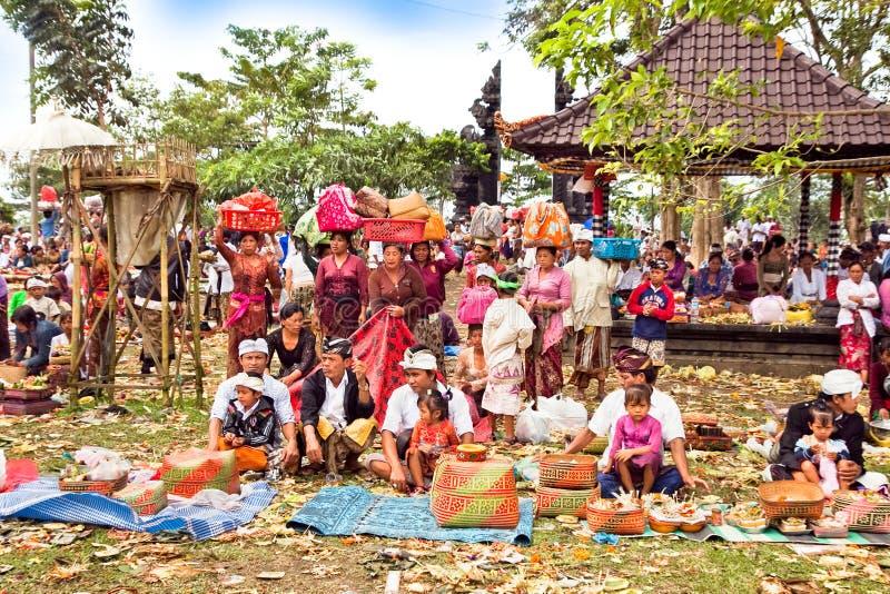 церемония galungan Индонесия balli kuningan стоковое изображение rf