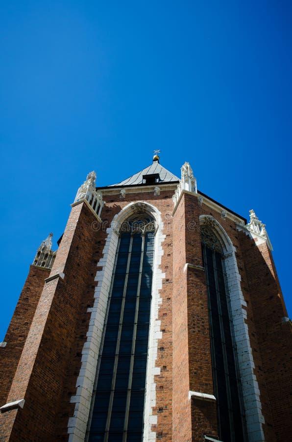 Церковь базилики St Mary нашей дамы Assumed в рай в Краков стоковые изображения rf