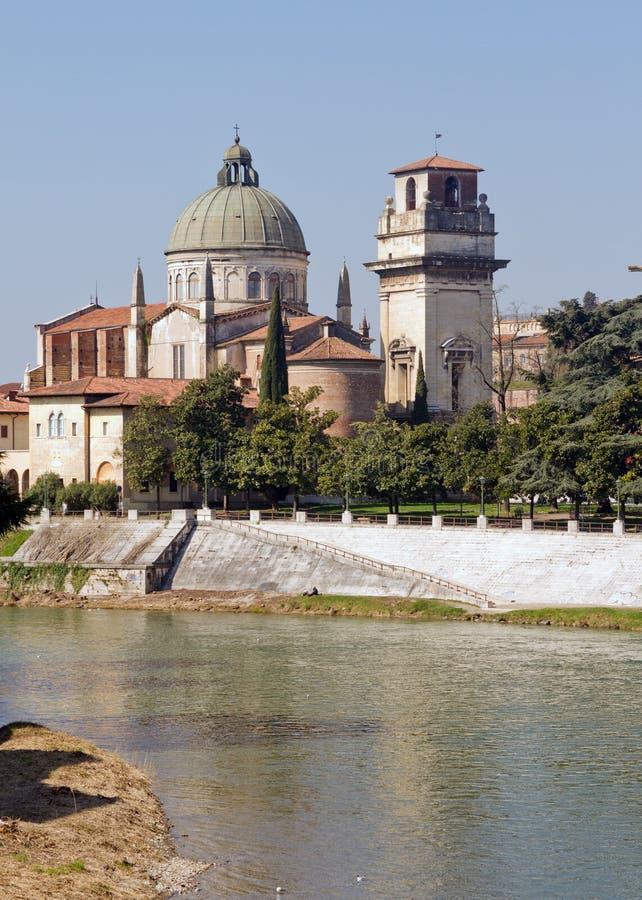 Церковь Вероны стоковые фото