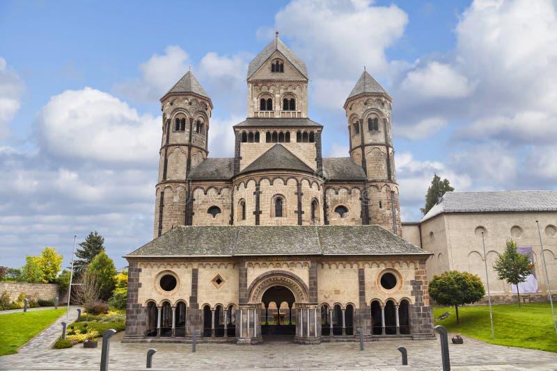 Церковь в аббатстве Марии Laach, Германии стоковые изображения rf