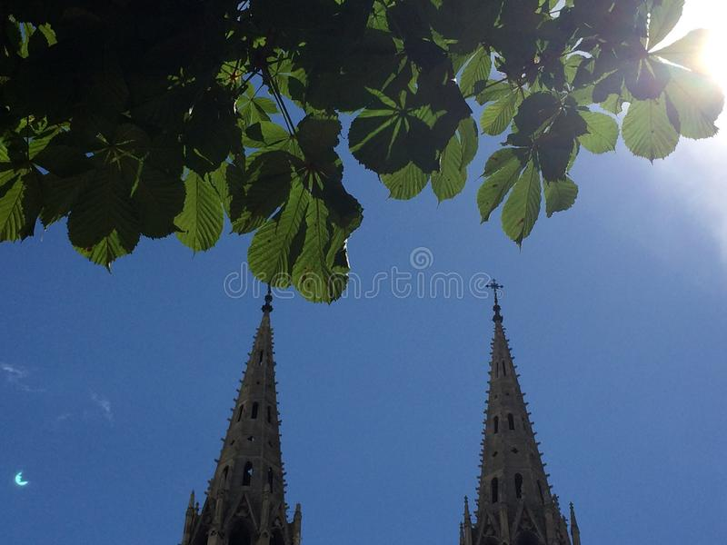 Церковь в Париже стоковые фотографии rf