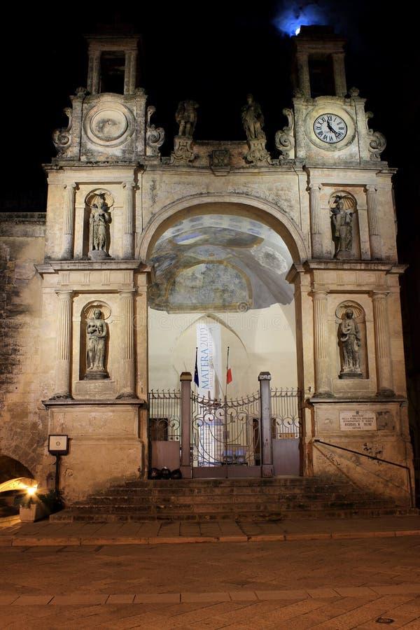 Церковь в Matera, Италии - взгляде ночи стоковые изображения