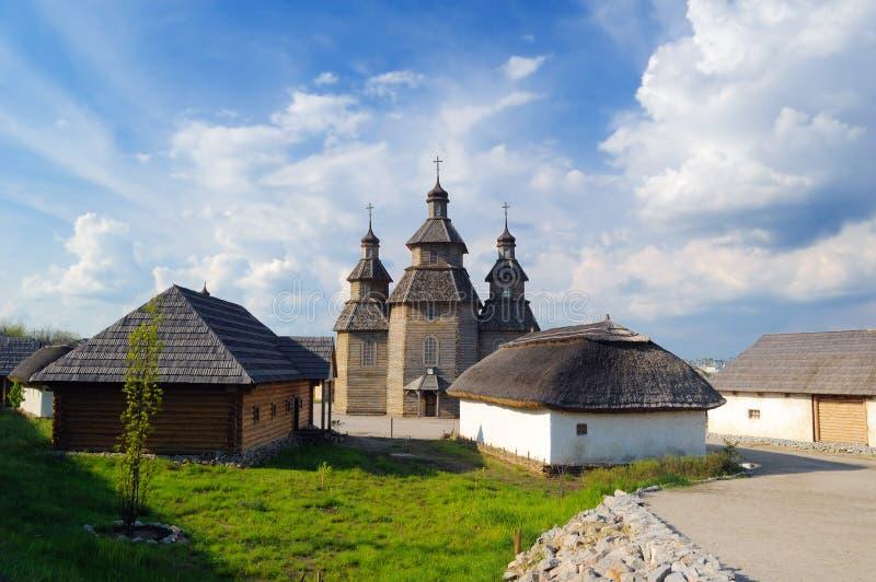 церковь деревянная стоковое изображение rf