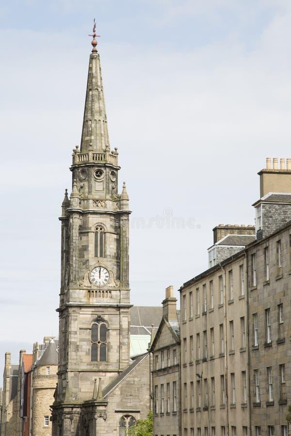 Церковь кирки Tron и королевская улица мили от крыши собора; Edin стоковая фотография rf