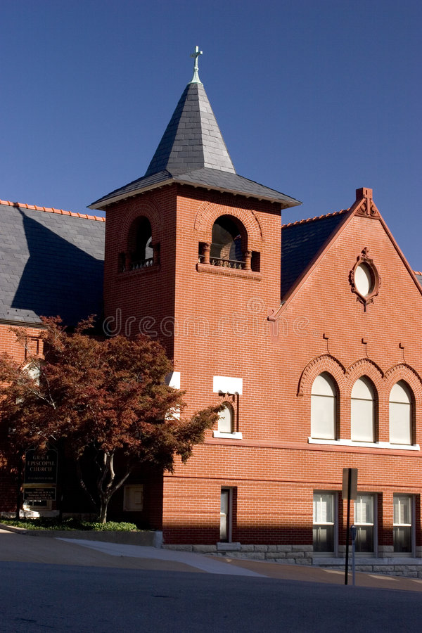 церковь кирпича старая стоковая фотография rf