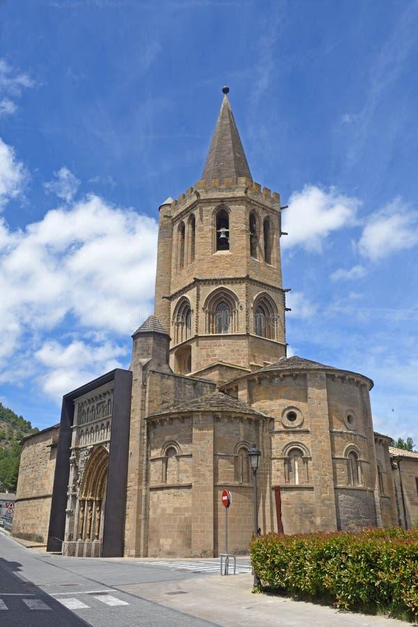 Церковь Ла Santa Maria реальная, Sanguesa, стоковые изображения rf