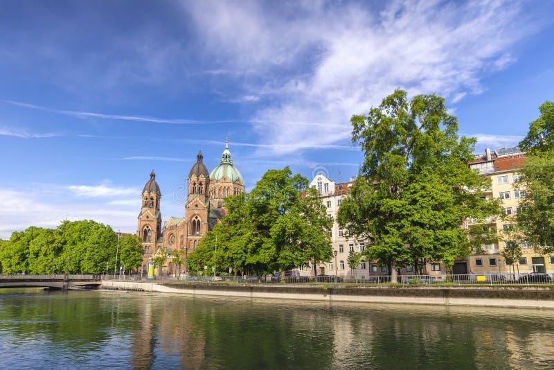 Церковь Мюнхен Германия Lukas Святого стоковое изображение rf