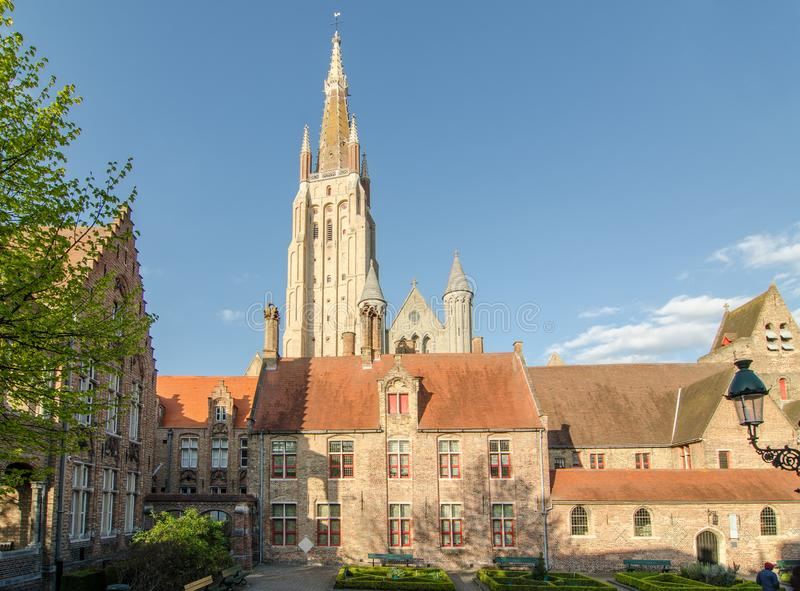Церковь нашей дамы в Брюгге, Бельгии стоковое изображение rf
