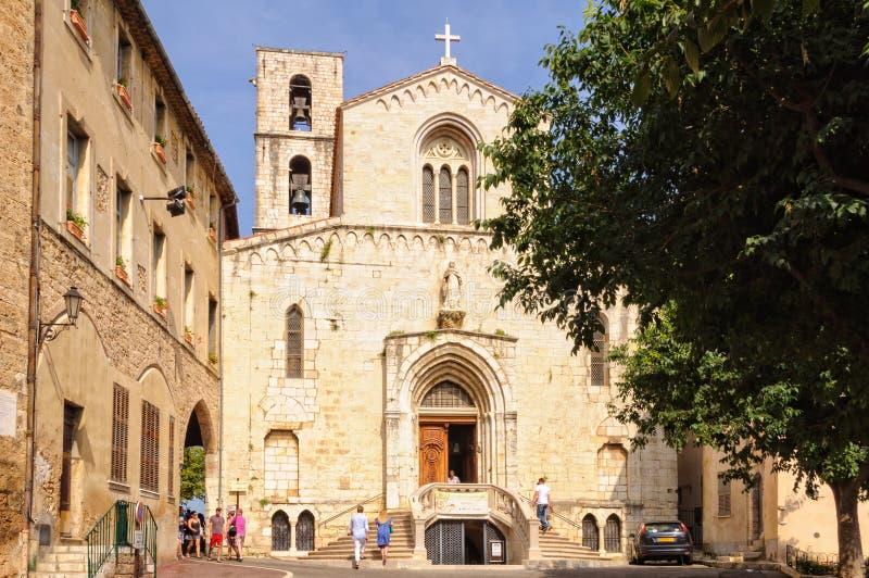 Церковь Нотр-Дам du Puy - Грасс стоковые изображения