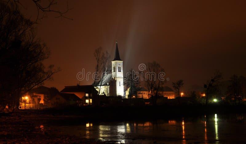 Церковь ночи стоковые изображения