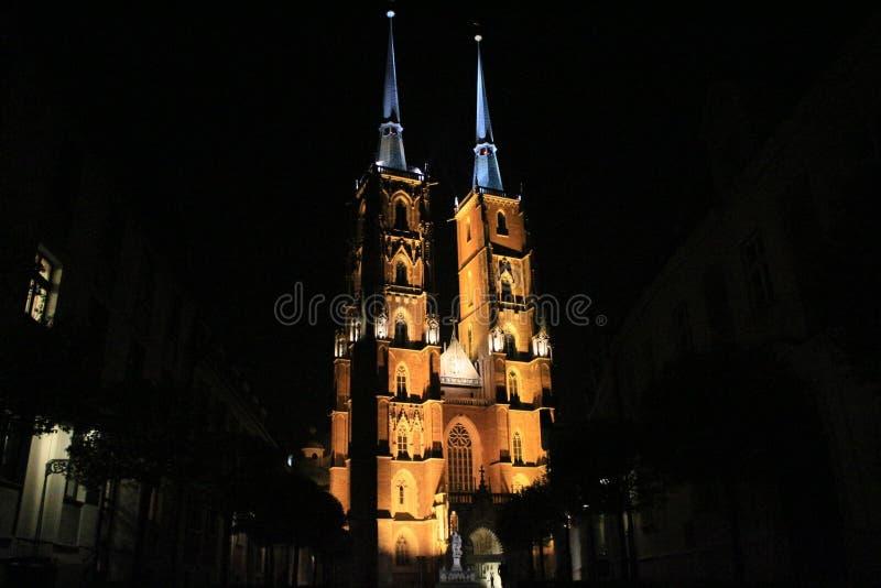 Церковь ночи стоковые фотографии rf