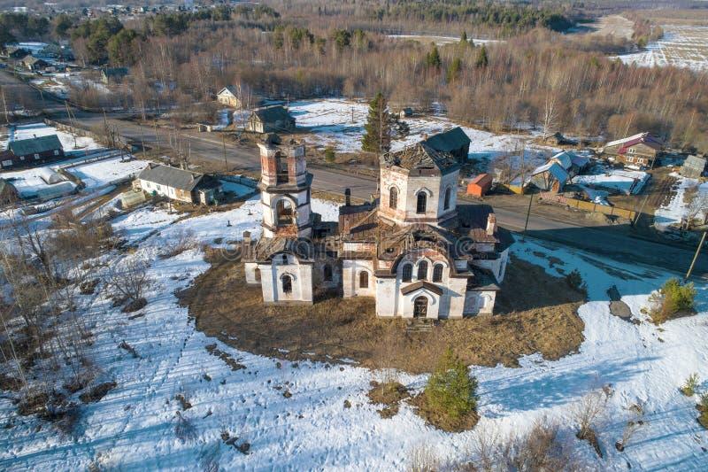 Церковь рождества Христос в деревне Verkhruchey стоковое фото rf