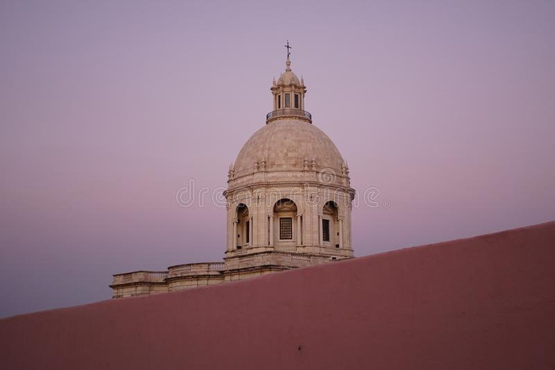 Церковь Санты Engracia или национальный пантеон в Лиссабоне стоковые изображения