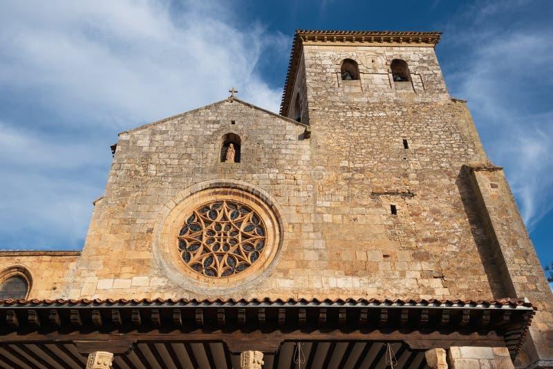 Церковь Сан Cosme коллигативная, Covarrubias, Бургос, Испания Это a стоковая фотография rf