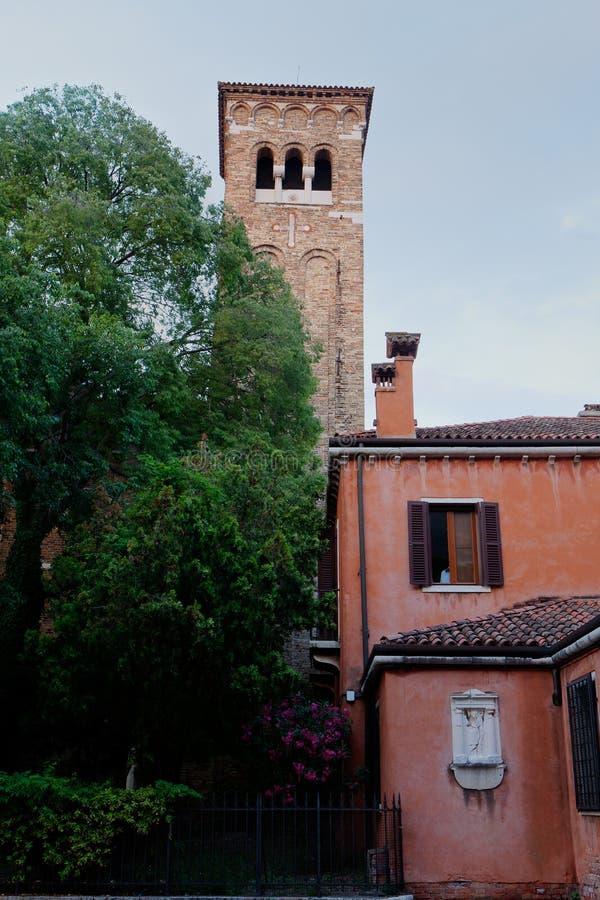 Церковь Сан Zaccaria монастыря башни, Венеция, Venezia, Италия, Италия стоковое фото