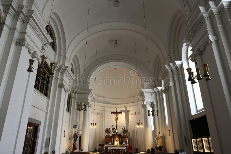 Церковь святого креста в городке Праги новом расположена на› pÅ™ÃkopÄ Na улицы, Праге, чехии стоковая фотография