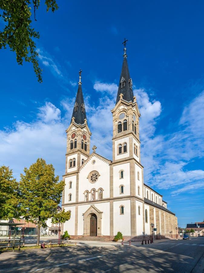 Церковь Святого-Symphorien Illkirch-Graffenstaden - Эльзаса, Fran стоковое изображение rf