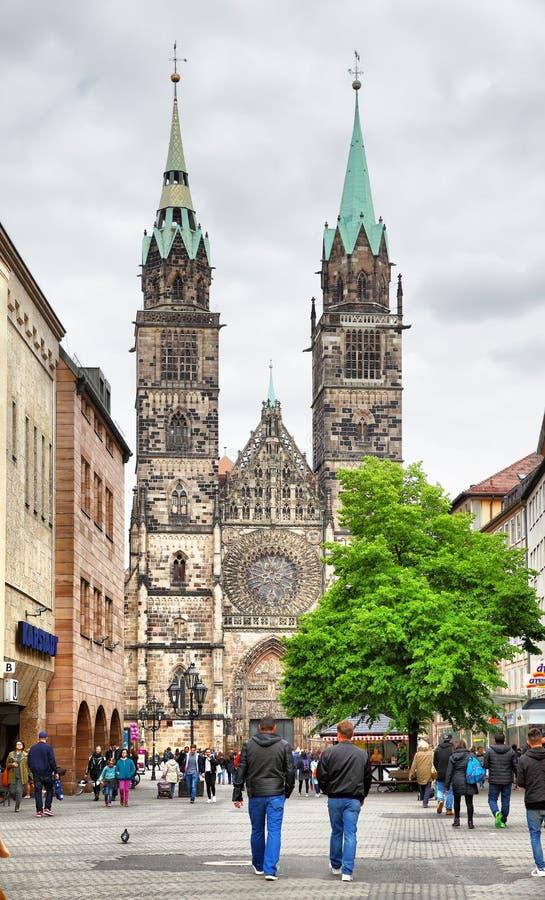 Церковь Св. Лаврентия в Нюрнберге стоковая фотография