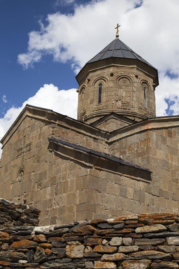 Церковь троицы на podnlzhiya Kazbek держателя Ортодоксальность, стоковые изображения