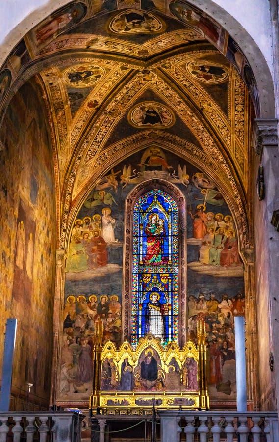 Церковь Флоренс Италия повести Santa Maria часовни Strozzi спасителя Altarpiece стоковое изображение rf
