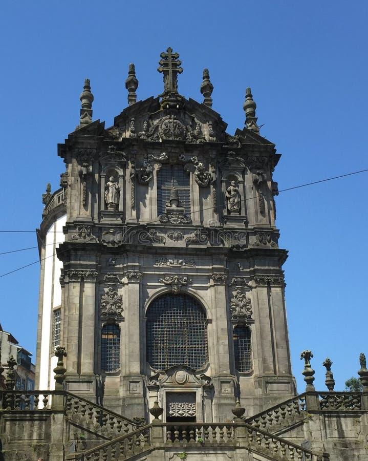 Церковь Clérigos была одной из первых барочных церков в Португалии стоковое изображение