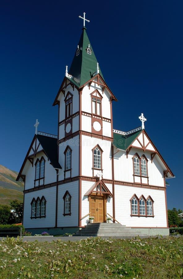 Церковь Husavik, к северу от Исландии стоковые фотографии rf
