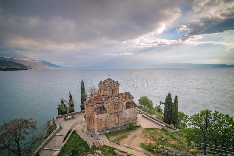 Церковь Jovan Kaneo на береге озера Ohrid стоковое фото rf