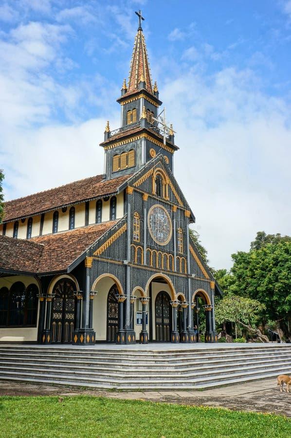 Церковь Kontum деревянная, старый собор, наследие стоковые фотографии rf