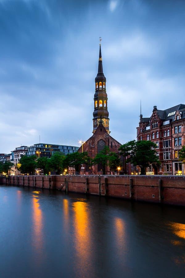 Церковь ` s St Катрина в Гамбурге стоковые фотографии rf