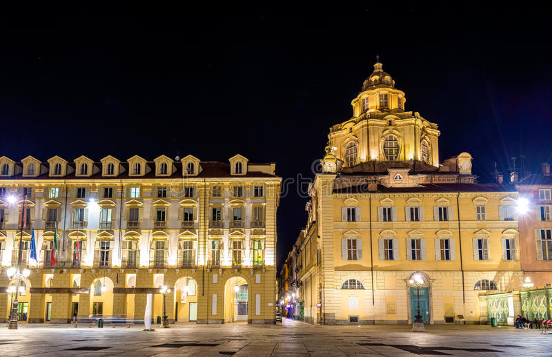 Церковь San Lorenzo в Турине стоковые фотографии rf
