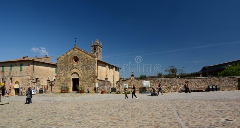 Церковь Santa Maria Monteriggioni Toscana r стоковые изображения