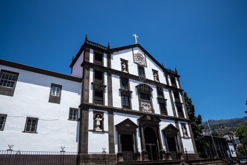Церковь St. John евангелист в региональной зоне правительства Фуншала Это церковь коллежа университета Фуншала стоковая фотография rf