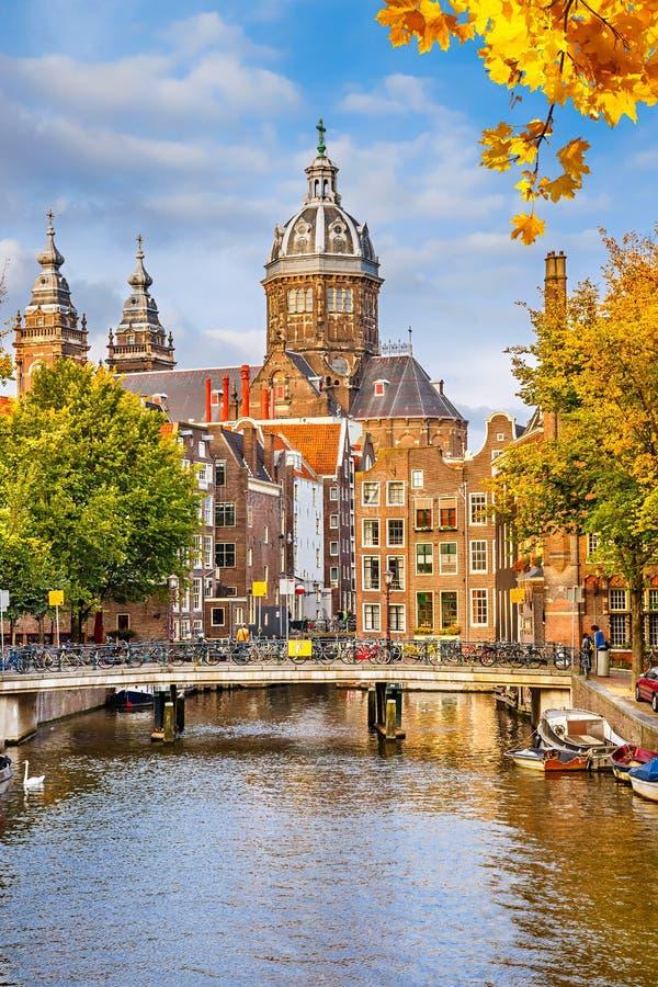 Церковь St. Nicolas в Амстердаме стоковая фотография