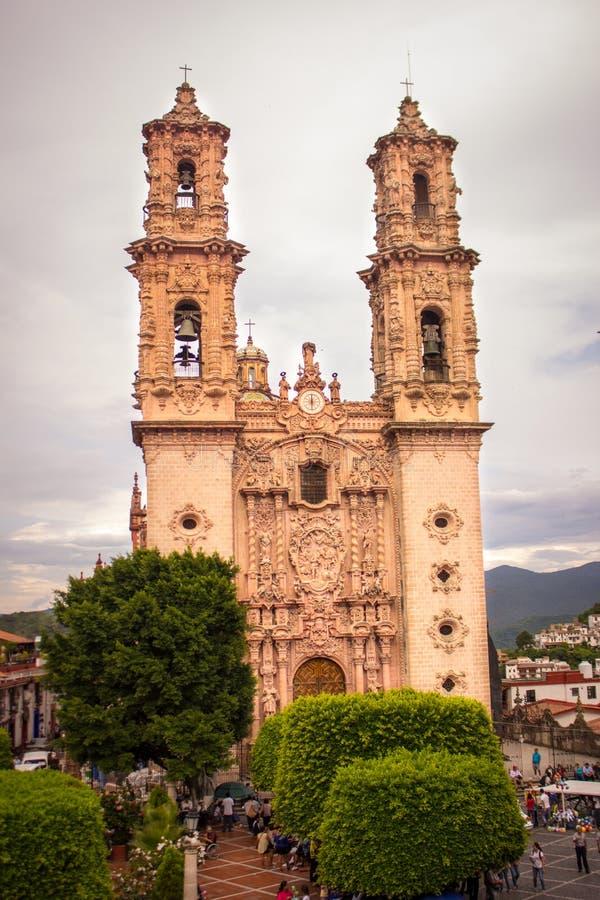Церковь Taxco, Геррера Мексика снаружи стоковое фото