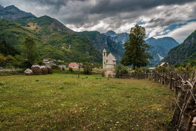 Церковь Theth, северная Албания стоковое фото rf